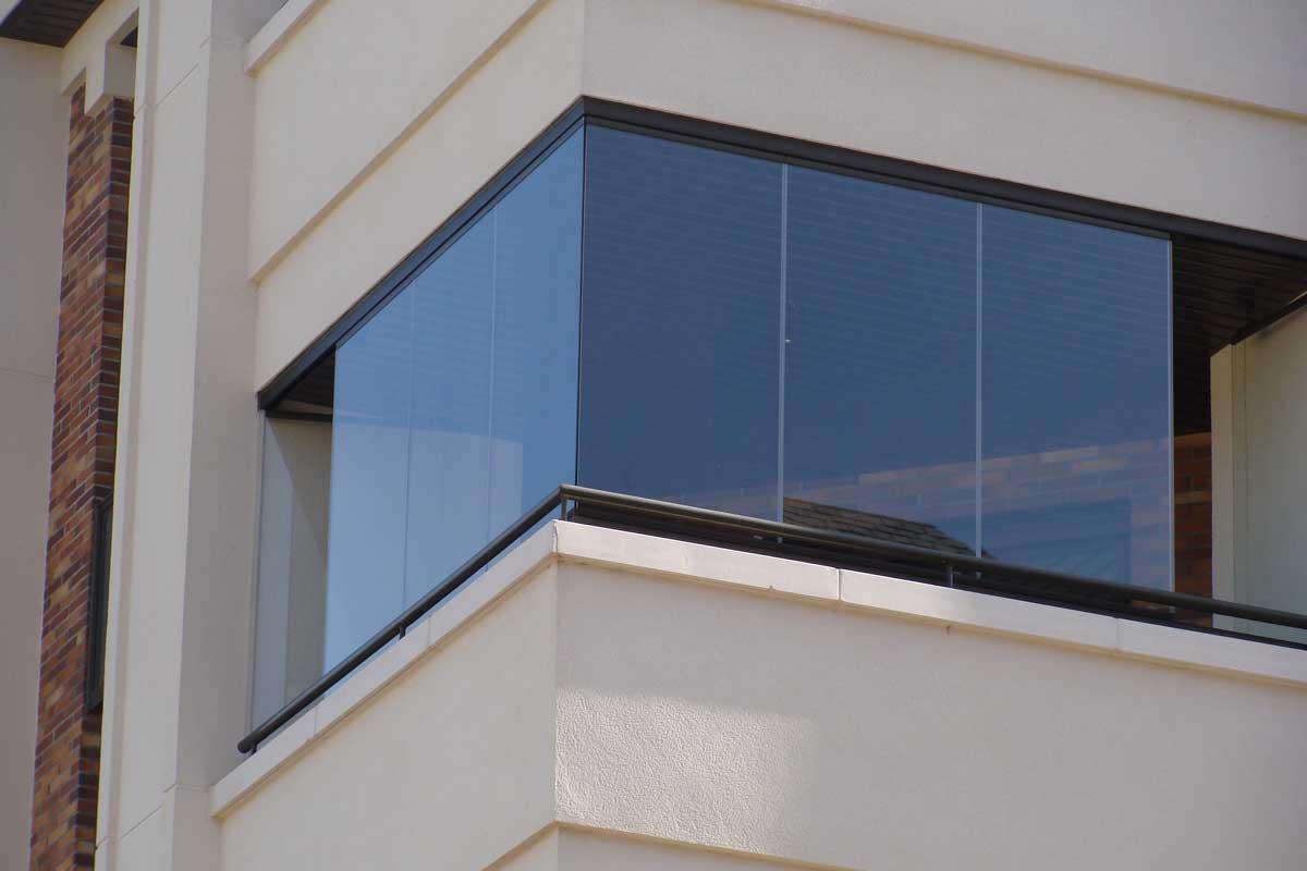 exclusivas-joma,cerramientos-lumon,cortinas-vidrio,-cerramiento-cristal-terraza,tres-cantos,reformas-integrales,3cantos--(7)