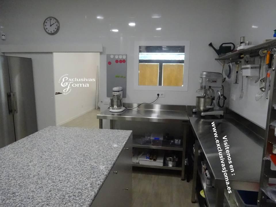 Pasteleria Dulce Consentido en Tres Cantos, local comercial reformado por Exclusivas Joma, obradores reformas, empresas para reformar tu local (3)