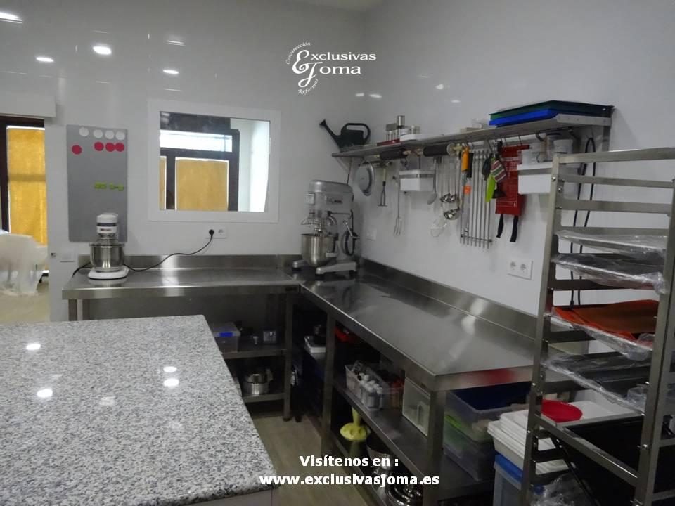 Pasteleria Dulce Consentido en Tres Cantos, local comercial reformado por Exclusivas Joma, obradores reformas, empresas para reformar tu local (8)