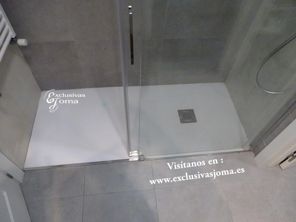 Reforma de baño en Tres cantos zona Sector planetas, sanitarios Roca meridian,cisterna Geberit,mueble de baño a medida (6)