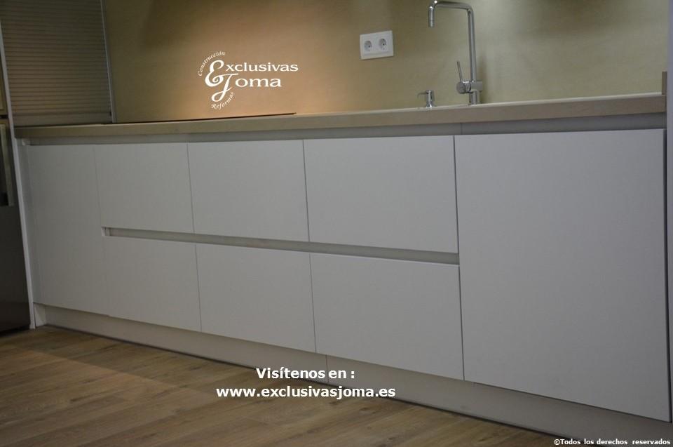 Reformas integrales de cocinas en tres cantos muebles de for Muebles beige