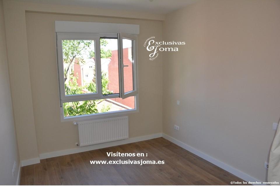 Reforma integral de piso en Tres Cantos en avenida Viñuelas,decoracion y diseño interior,tarima flotante Quick Step,puertas lacadas, ventans en pvc rpt,venacal (1)