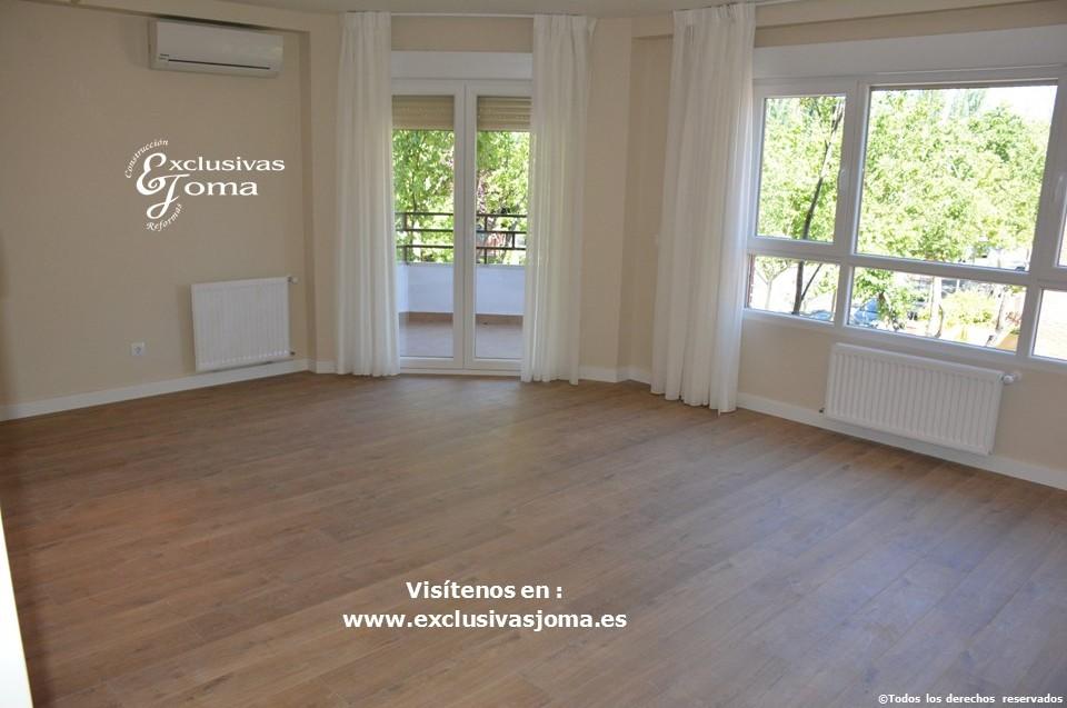 Reforma integral de piso en Tres Cantos en avenida Viñuelas,decoracion y diseño interior,tarima flotante Quick Step,puertas lacadas, ventans en pvc rpt,venacal (12)