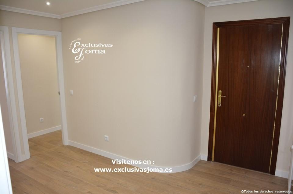 Reforma integral de piso en Tres Cantos en avenida Viñuelas,decoracion y diseño interior,tarima flotante Quick Step,puertas lacadas, ventans en pvc rpt,venacal (14)