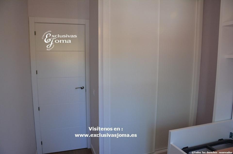 Reforma integral de piso en Tres Cantos en avenida Viñuelas,decoracion y diseño interior,tarima flotante Quick Step,puertas lacadas, ventans en pvc rpt,venacal (5)