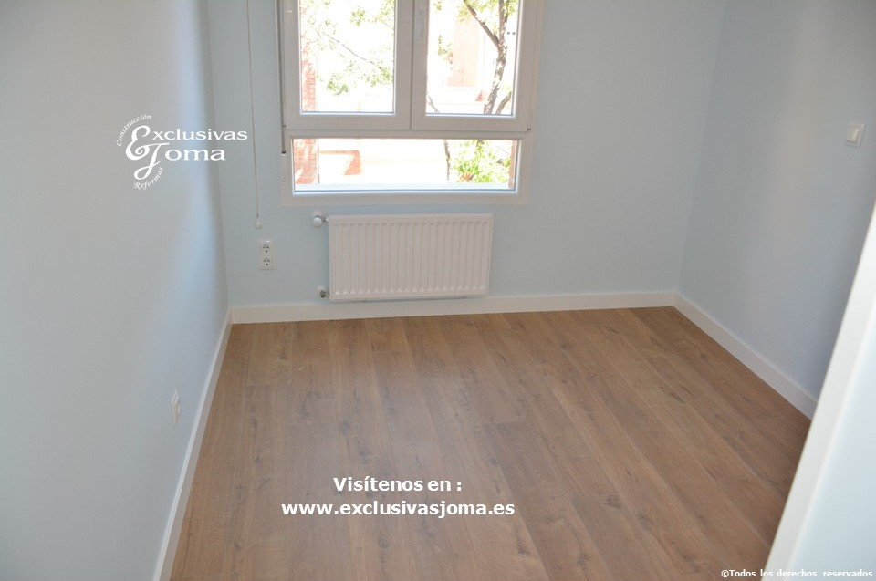 Reforma integral de piso en Tres Cantos en avenida Viñuelas,decoracion y diseño interior,tarima flotante Quick Step,puertas lacadas, ventans en pvc rpt,venacal (7)