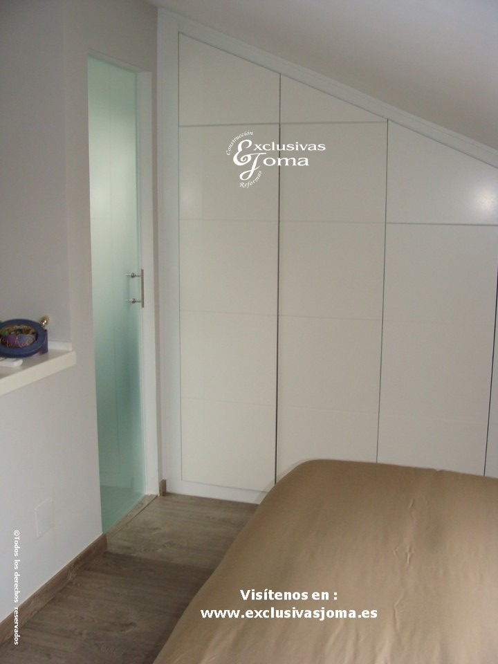 Reformas integrales en interior de pisos en tres cantos - Decoracion de buhardillas ...